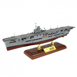 Ark Royal-class Carrier Royal Navy, HMS Ark Royal, Norway Forces of Valor 1:700 861009A